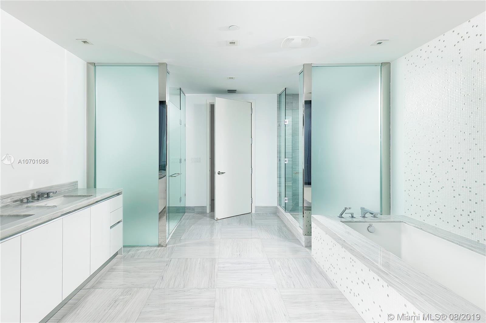 16901 Collins ave-2801 sunny-isles-beach-fl-33160-a10701086-Pic09