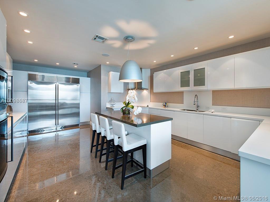1643 Brickell Ave #4301, Miami FL, 33129