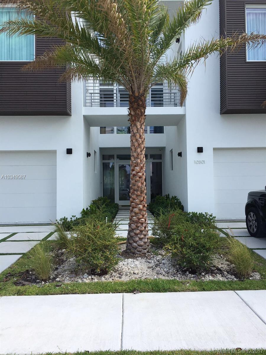 10501 NW 68th Ter, Doral , FL 33178