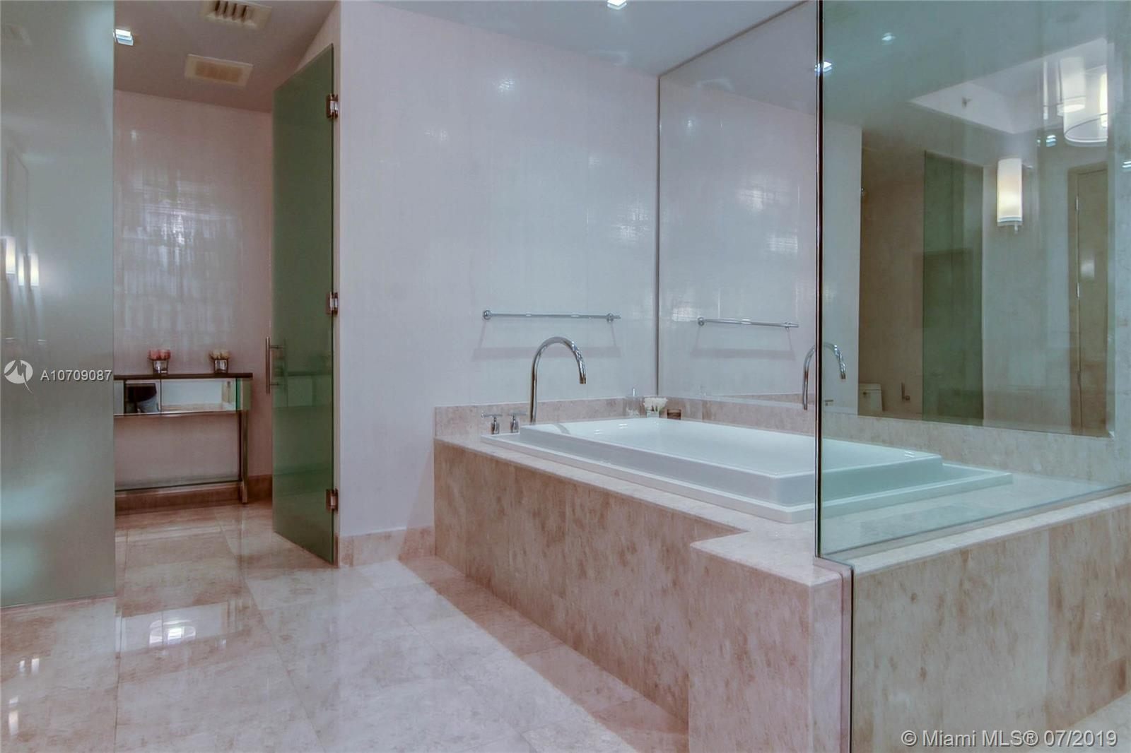 9705 Collins ave-503N bal-harbour-fl-33154-a10709087-Pic09