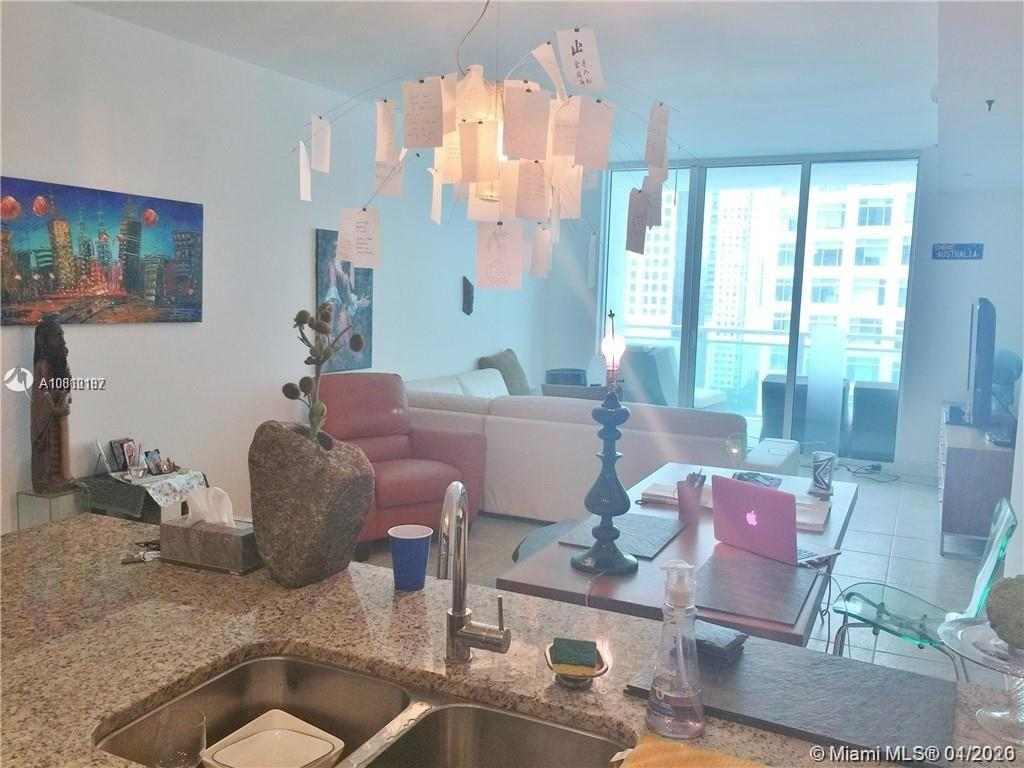 951 Brickell Ave #1700