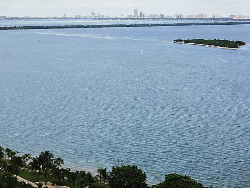1750 N Bayshore Dr #2302, Miami FL, 33132