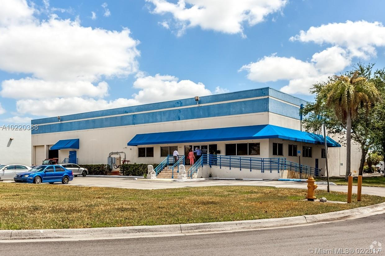 2601 NW 105th Ave, Doral, FL 33172