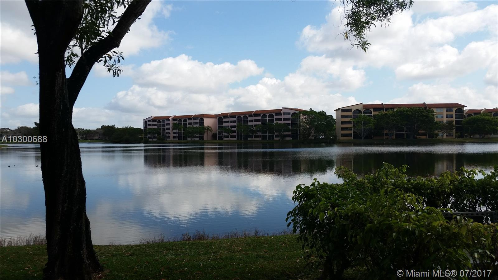 10007 Winding Lake Rd # 101, Sunrise, FL 33351