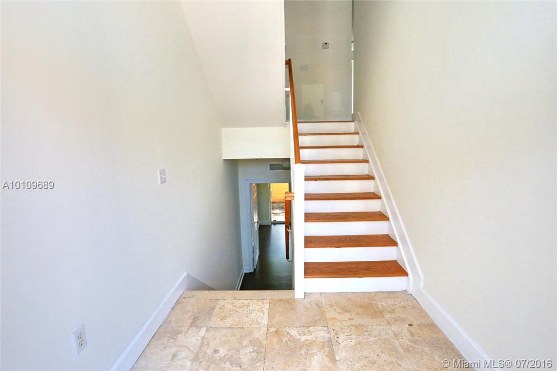 3921 Coral heights way-1003 oakland-park--fl-33308-a10109689-Pic03