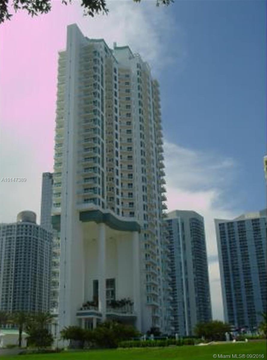 900 Brickell key blvd-1701 miami--fl-33131-a10147389-Pic01