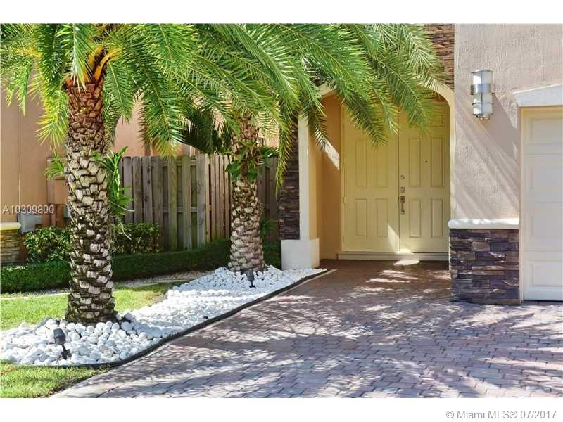 11245 NW 43rd Ter, Doral , FL 33178