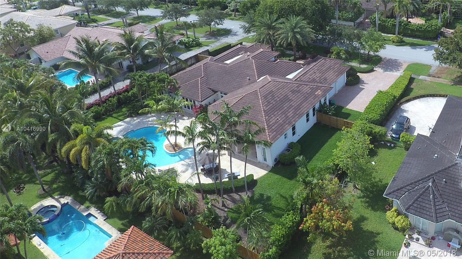 8009 Sw 176 St, Palmetto Bay FL, 33157