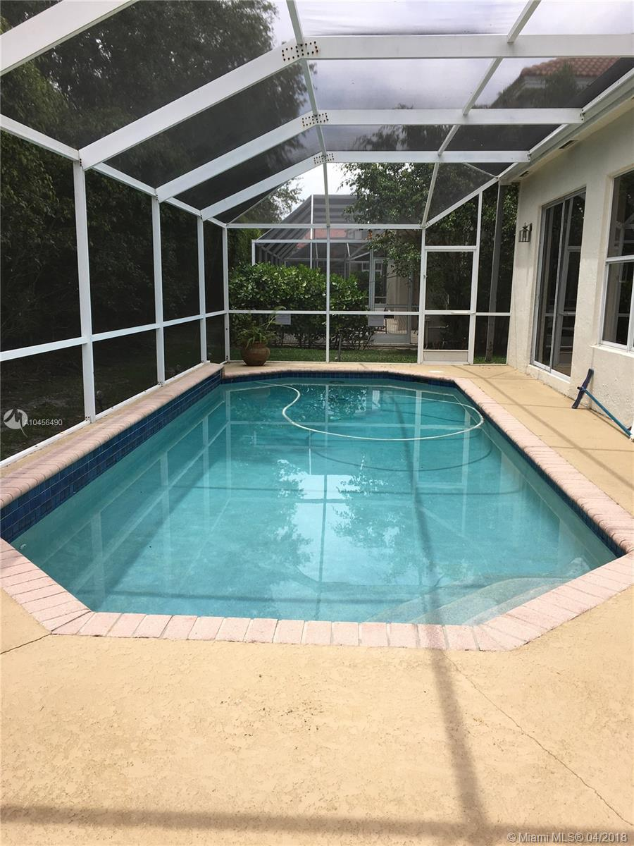 11100 Minneapolis, Cooper City FL, 33026