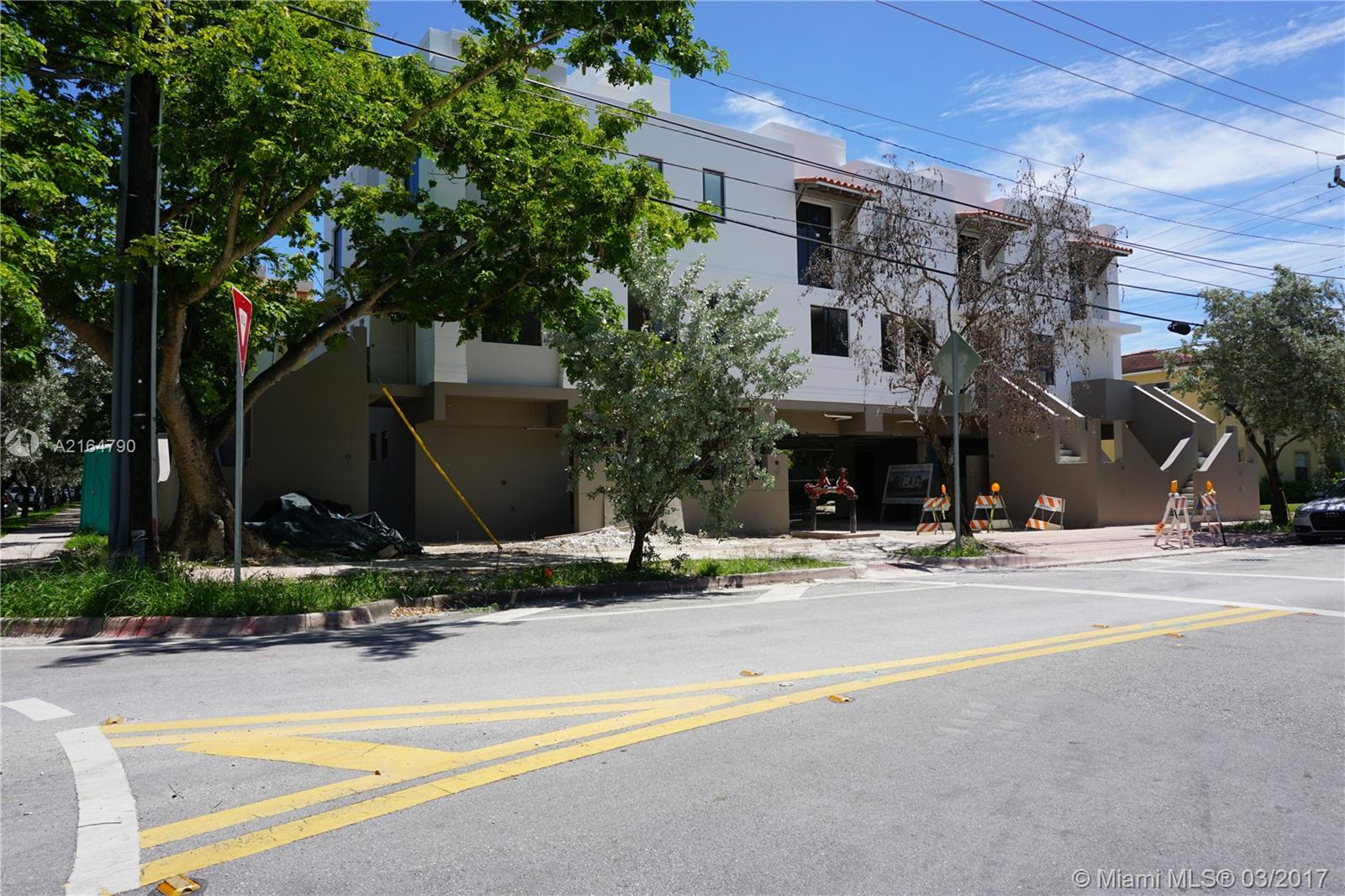 1405 Galiano st-1 coral-gables--fl-33134-a2164790-Pic02