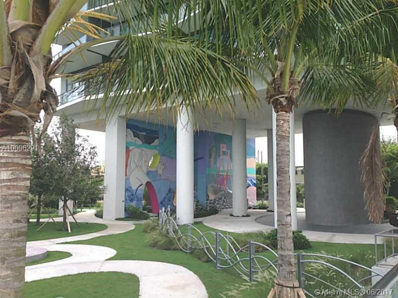 460 NE 28 # 2003, Miami , FL 33137