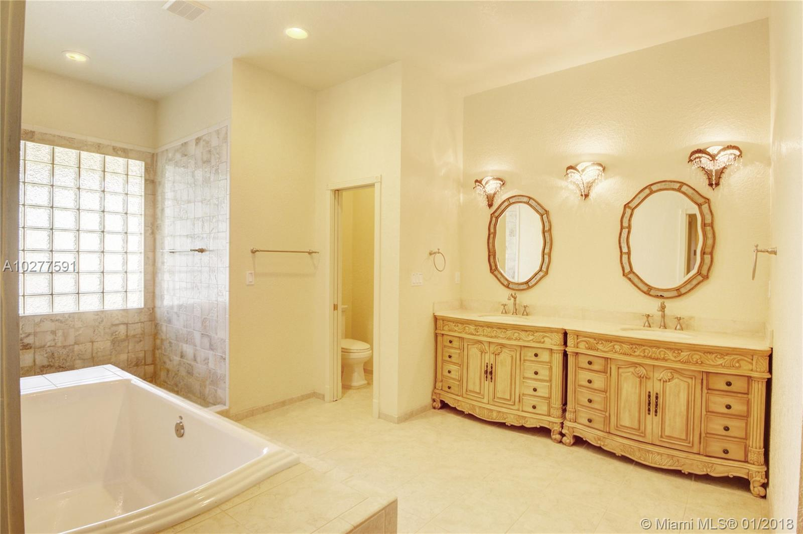 19000 SW 57th Ct, Southwest Ranches , FL 33332