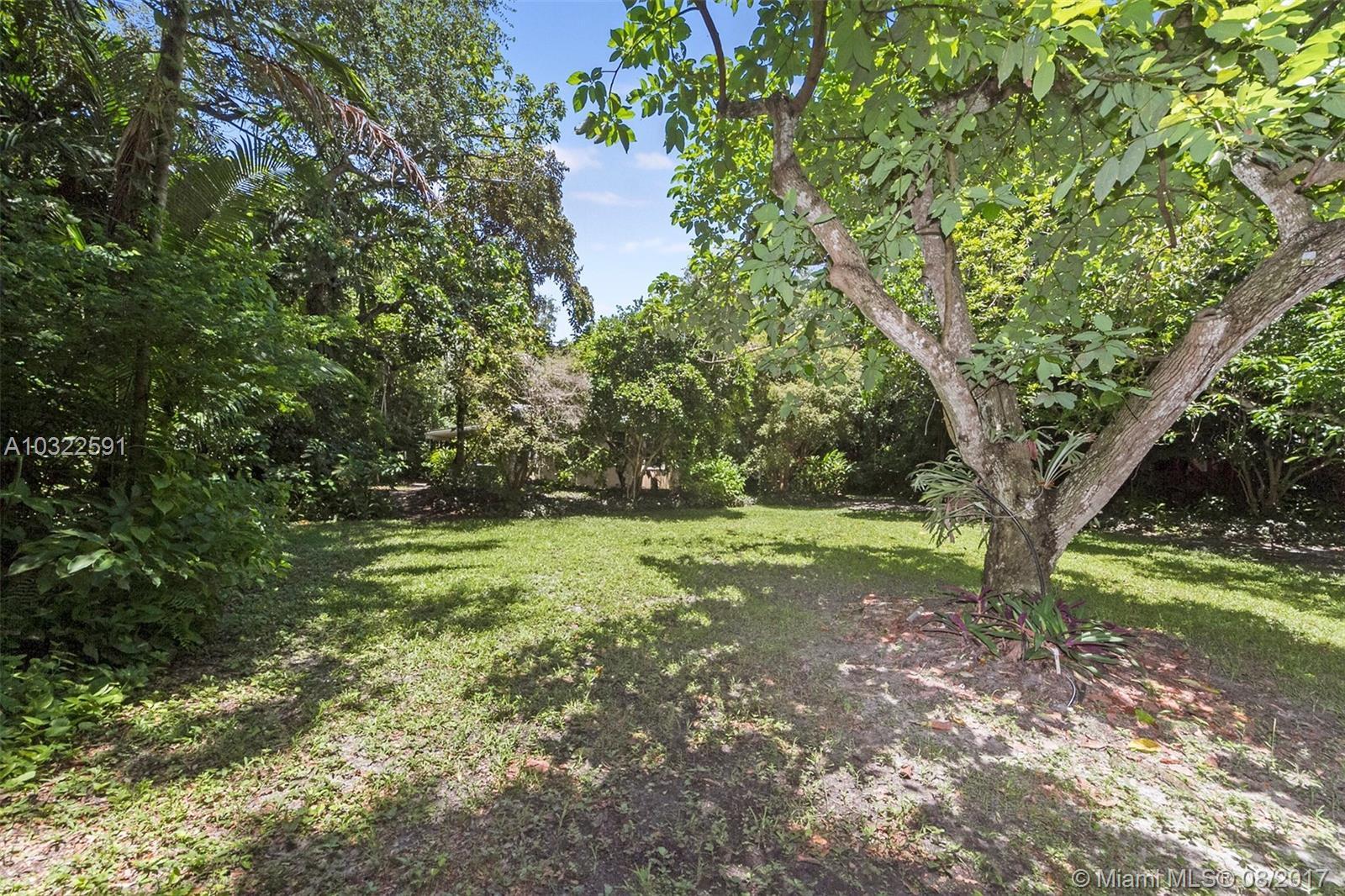3778 Pine Ave, Coconut Grove , FL 33133