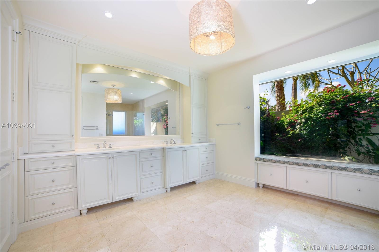 1628 Mayacoo Lakes Blvd, West Palm Beach FL, 33411