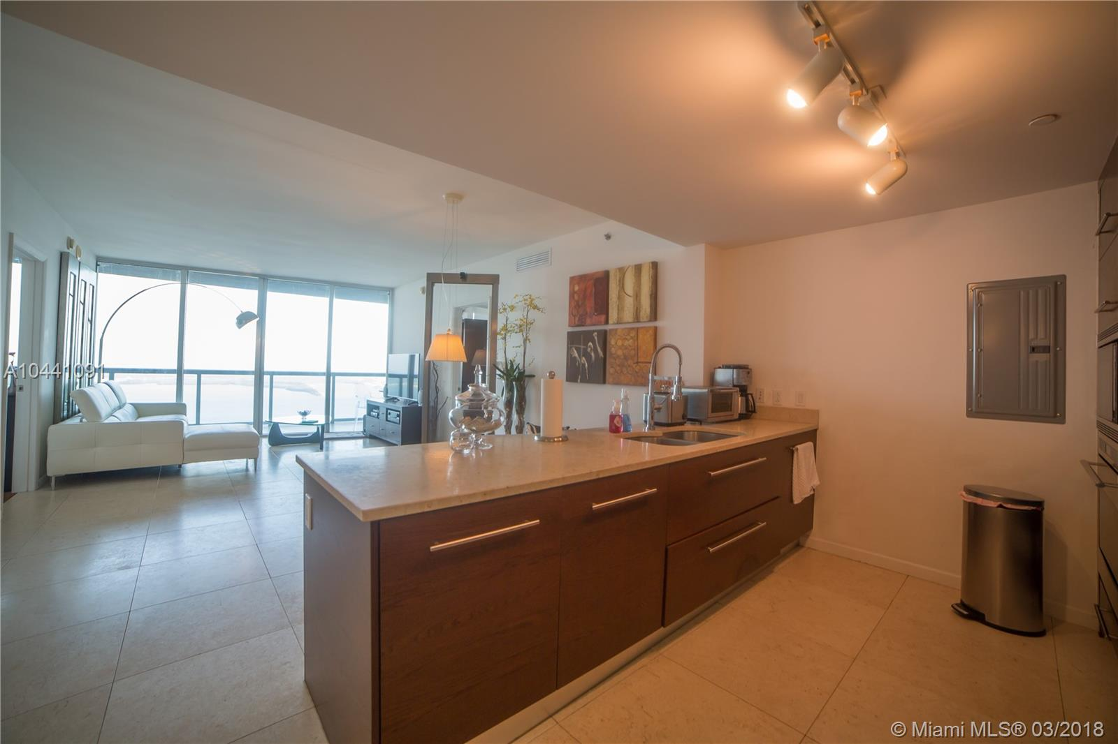 465 Brickell Ave #5603, Miami FL, 33131