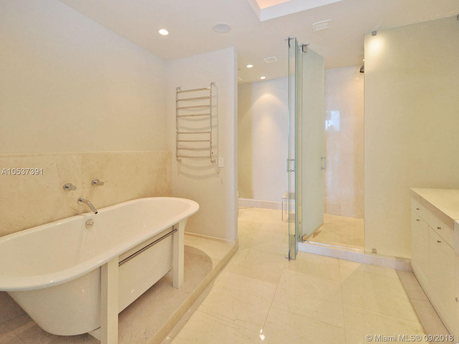 100 Pointe dr-3606 miami-beach-fl-33139-a10537391-Pic08