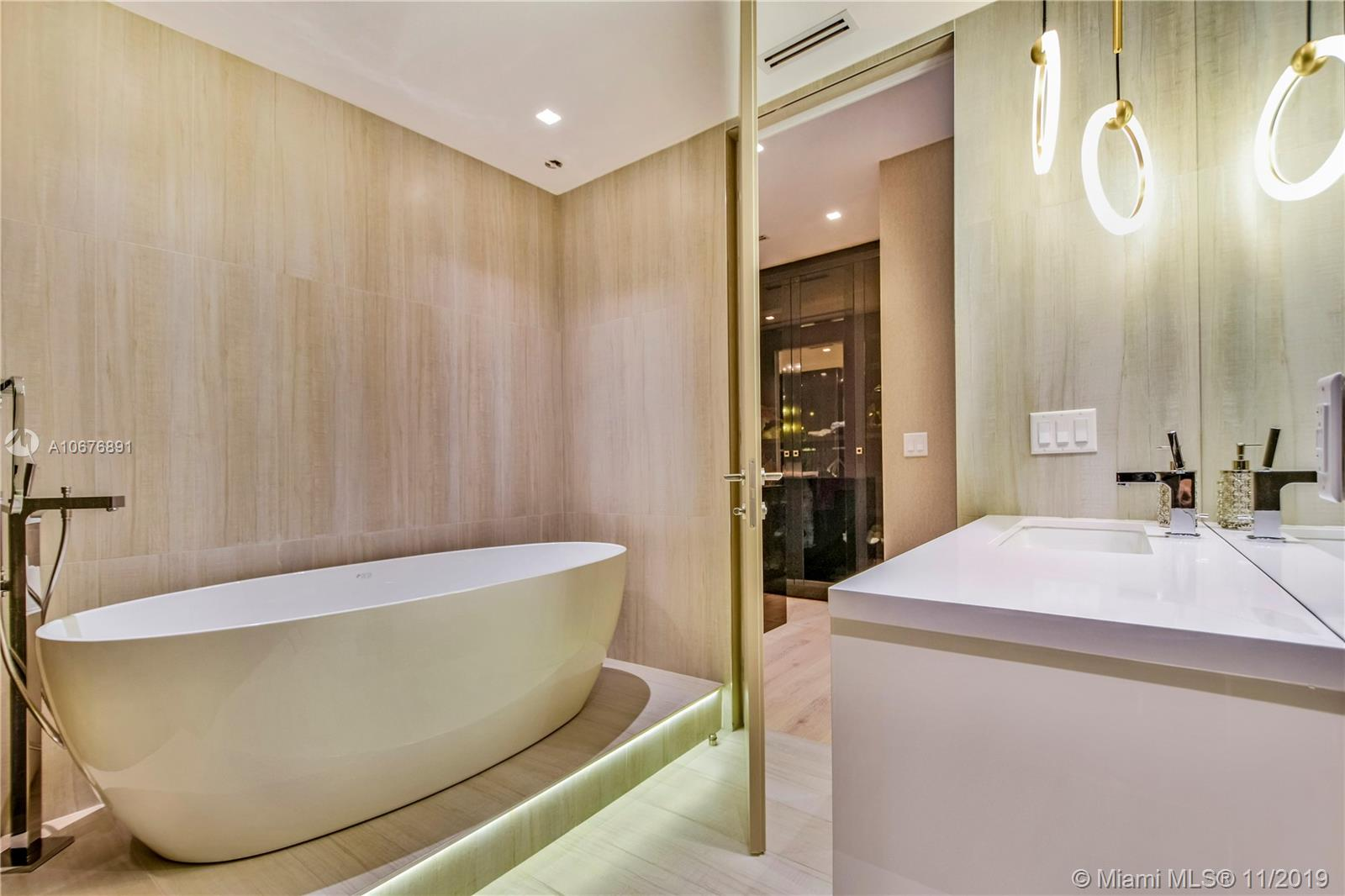 10201 Collins ave-401S bal-harbour-fl-33154-a10676891-Pic15
