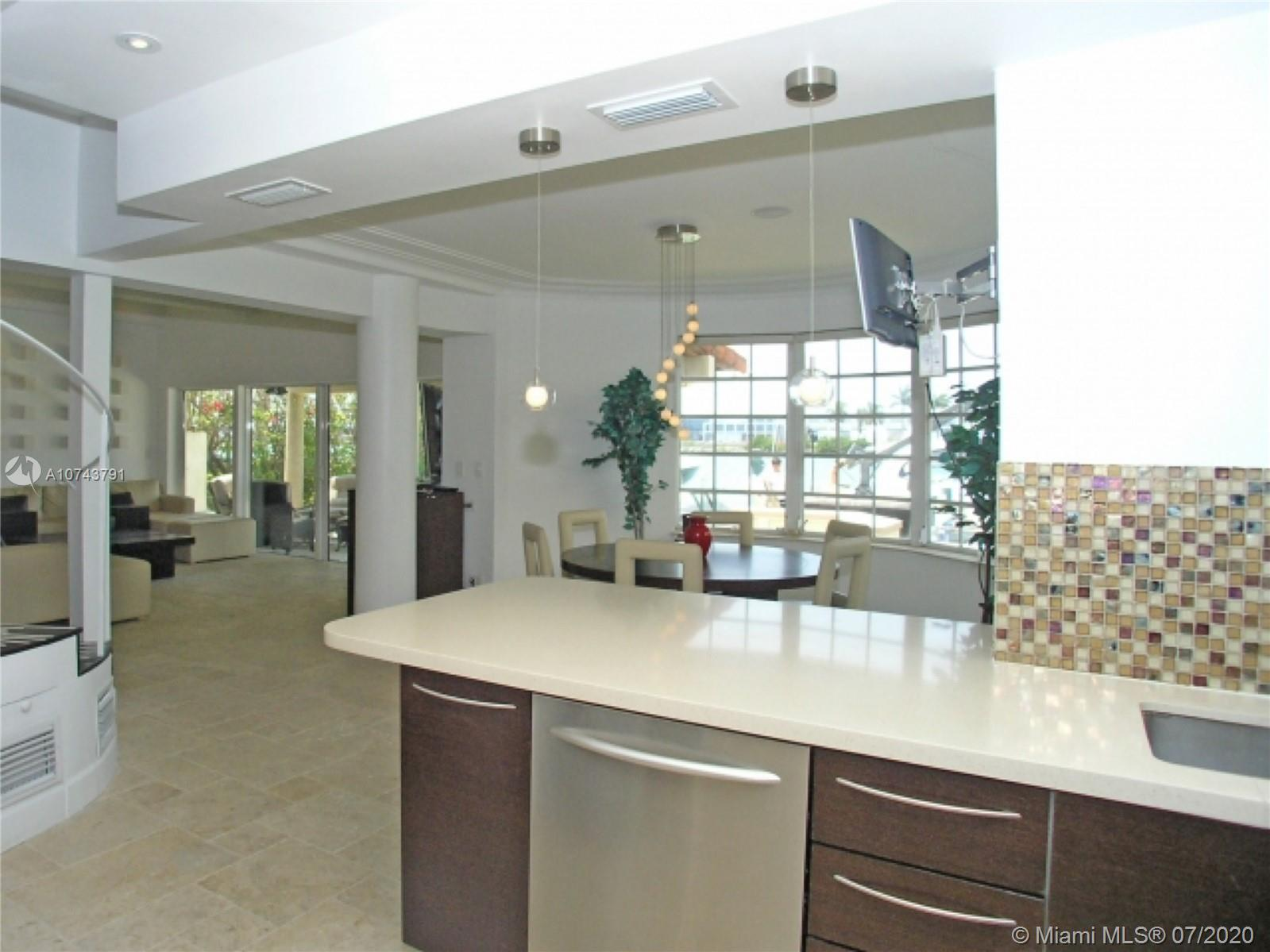 224 S coconut ln- miami-beach-fl-33139-a10743791-Pic19