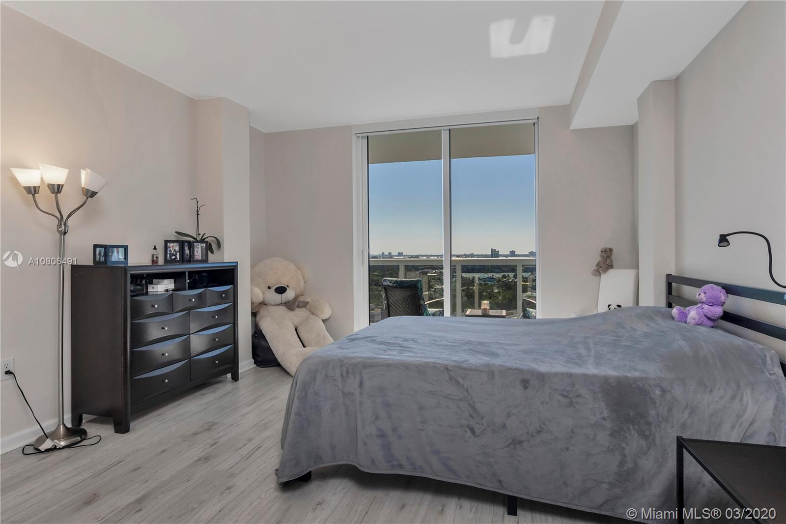 10275 Collins ave-1228 bal-harbour-fl-33154-a10806491-Pic14