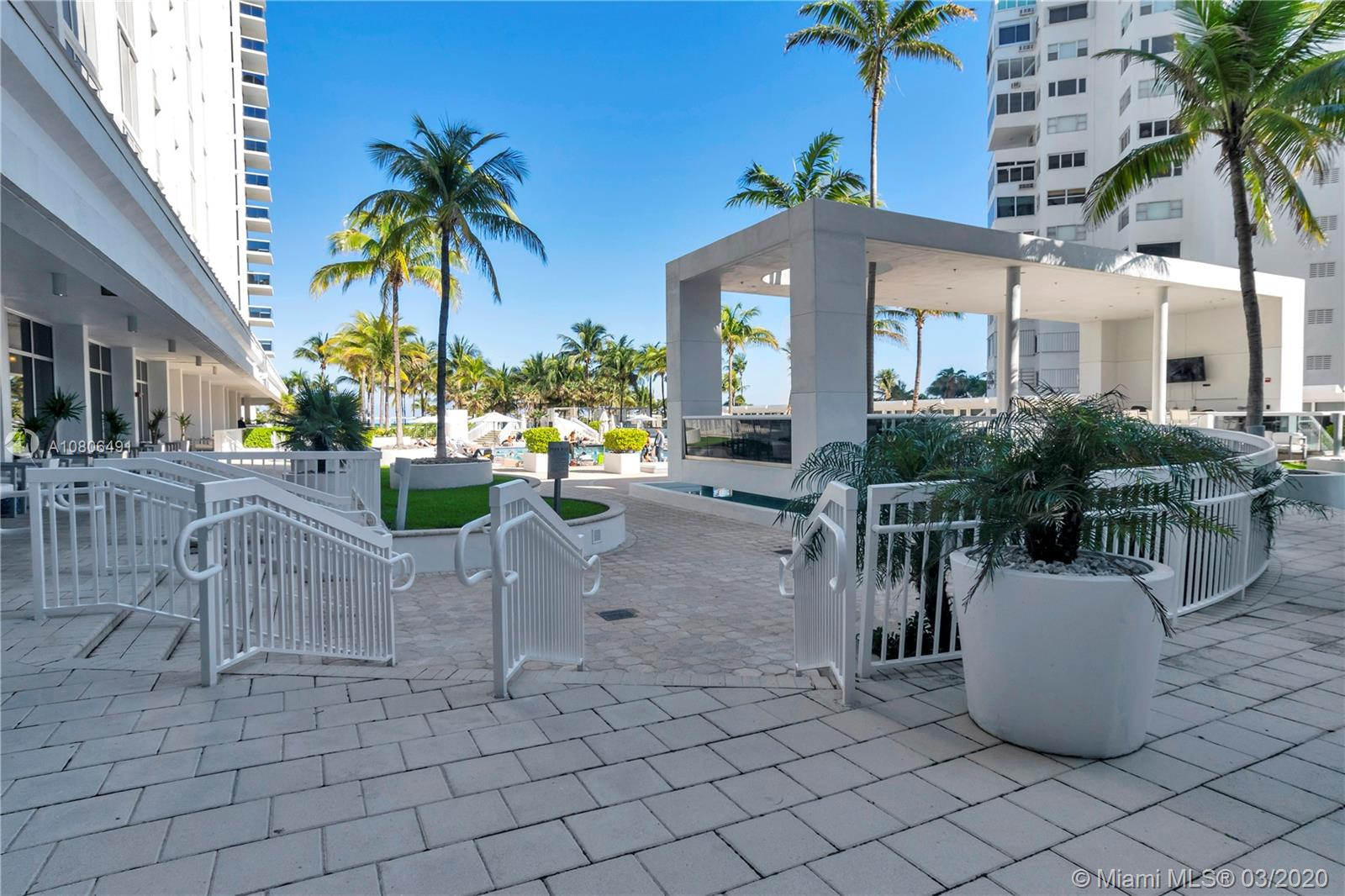 10275 Collins ave-1228 bal-harbour-fl-33154-a10806491-Pic32