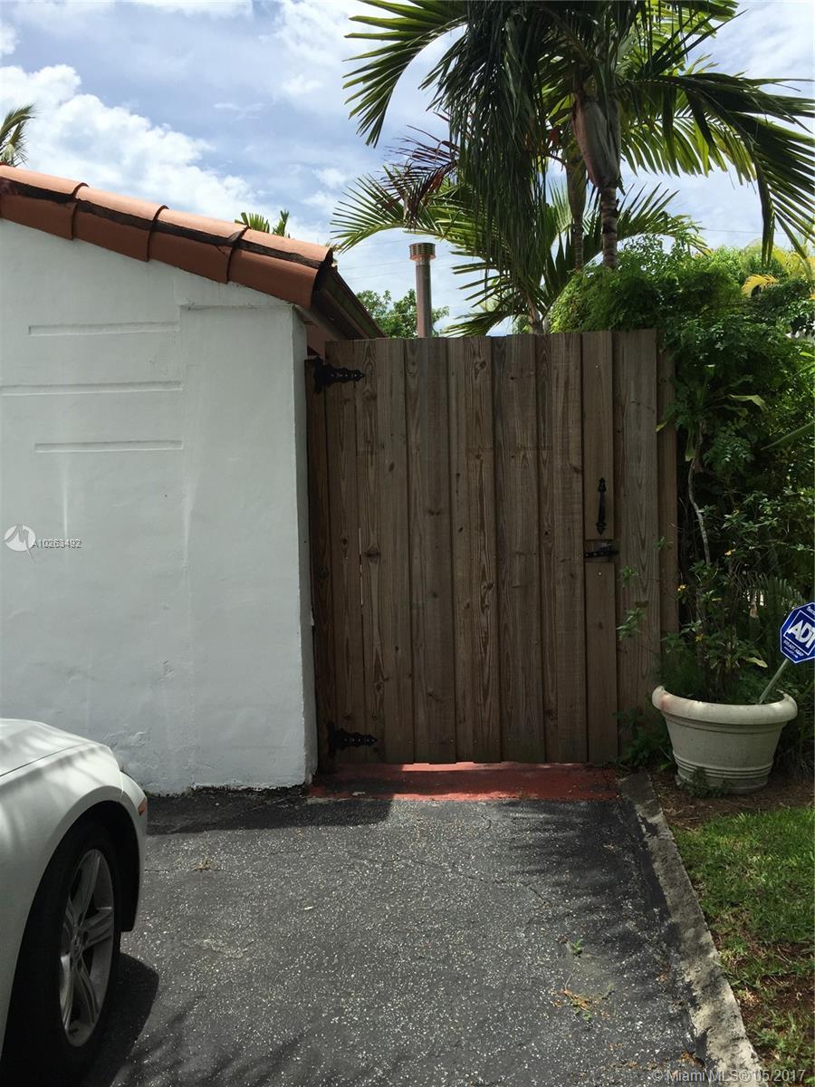 430 NE 51st St, Miami , FL 33137