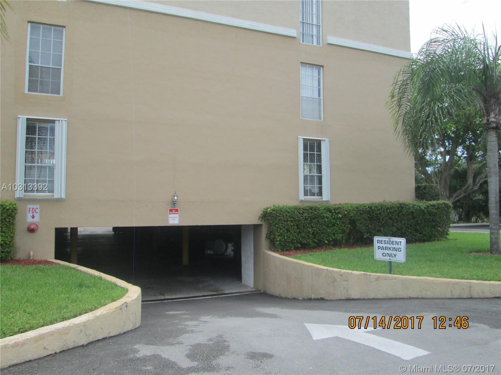 7981 S French Dr # 2-206, Pembroke Pines, FL 33024