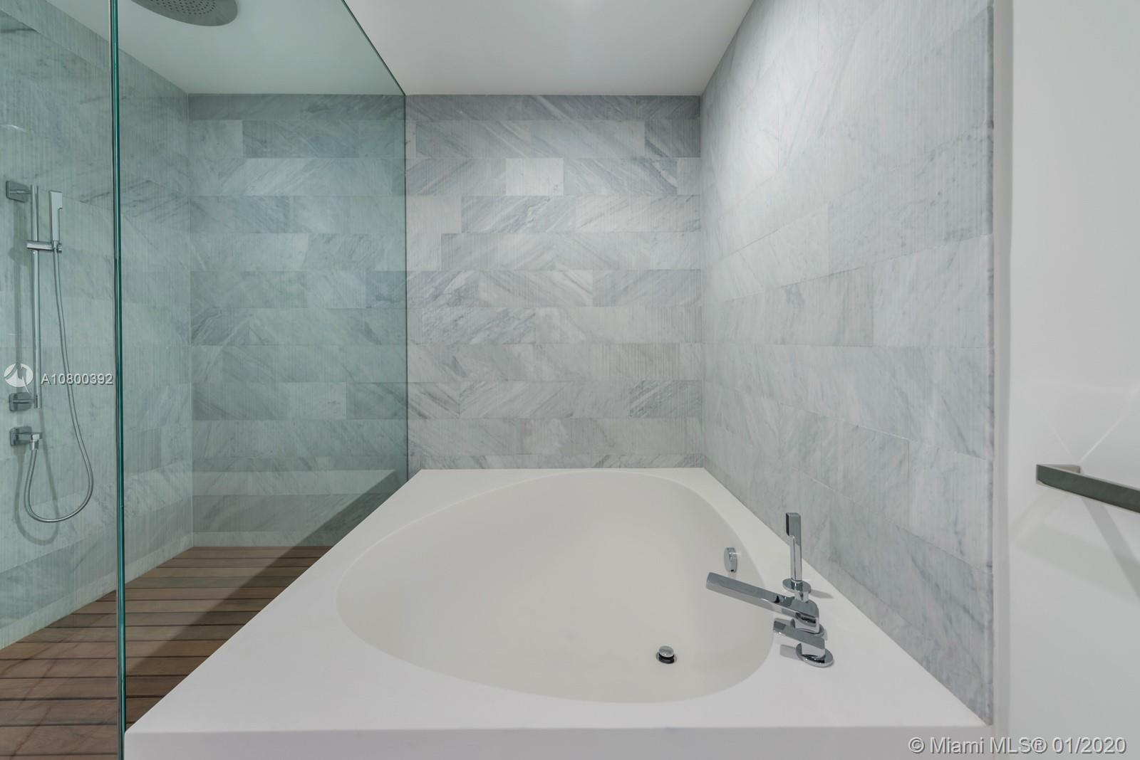 10201 Collins ave-703 bal-harbour-fl-33154-a10800392-Pic14
