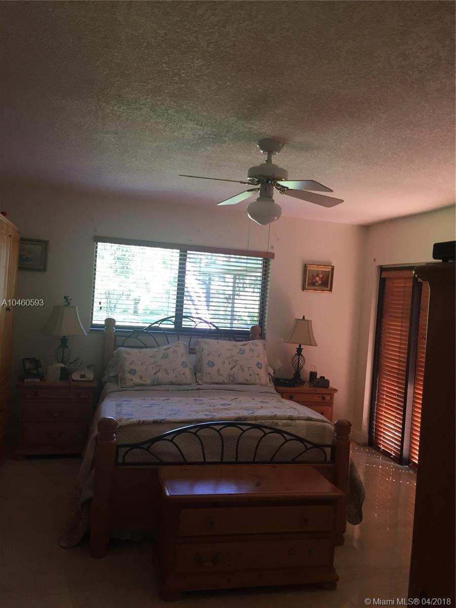 17650 Sw 182nd Ave, Miami FL, 33187