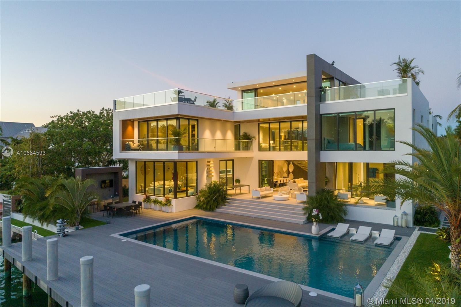 880 Harbor drive- key-biscayne-fl-33149-a10634593-Pic01