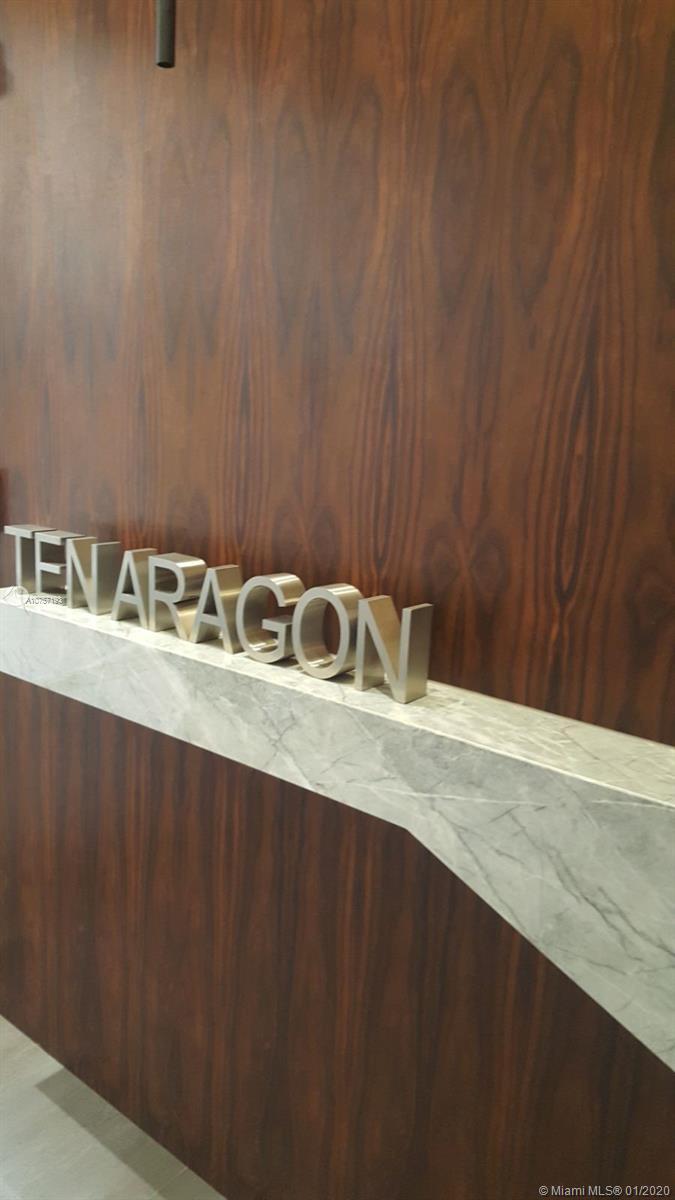 10 Aragon-611 miami-fl-33134-a10757193-Pic02
