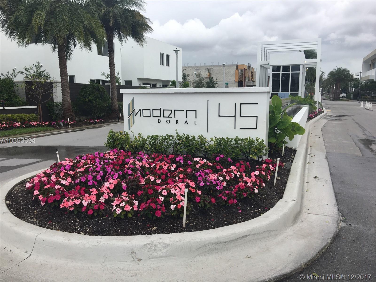 9760 NW 74th Ter, Miami , FL 33178