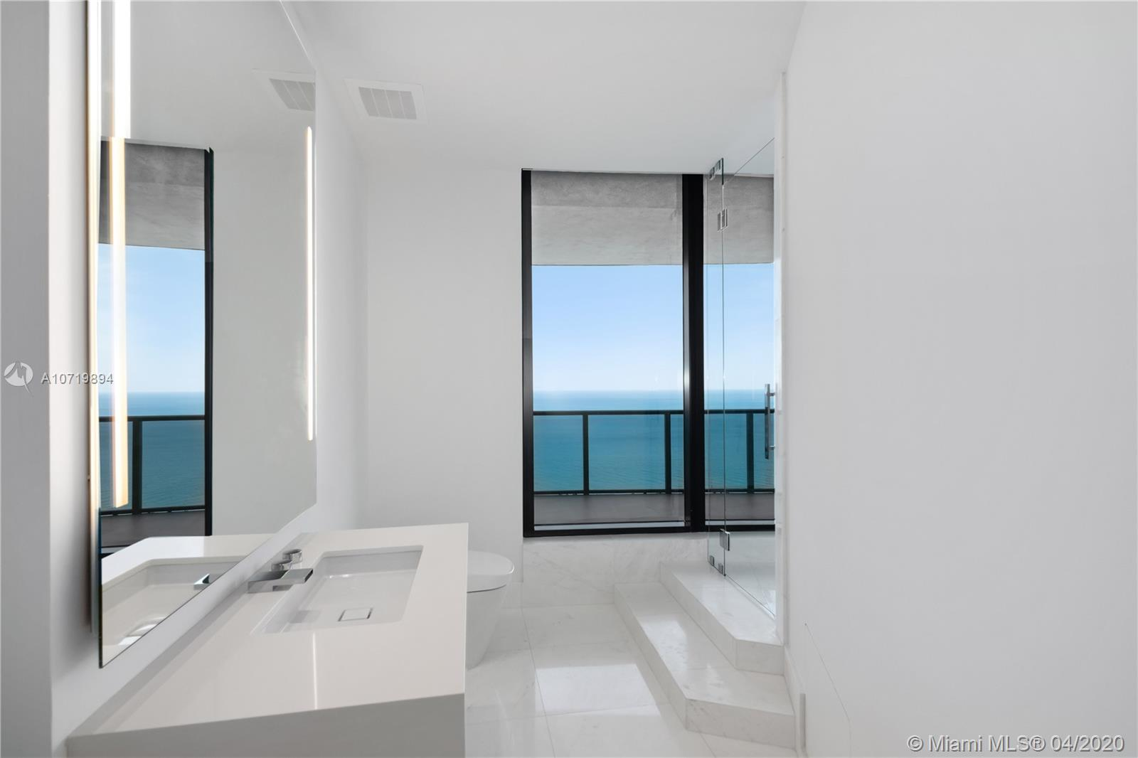 18555 Collins ave-4005 sunny-isles-beach-fl-33160-a10719894-Pic19