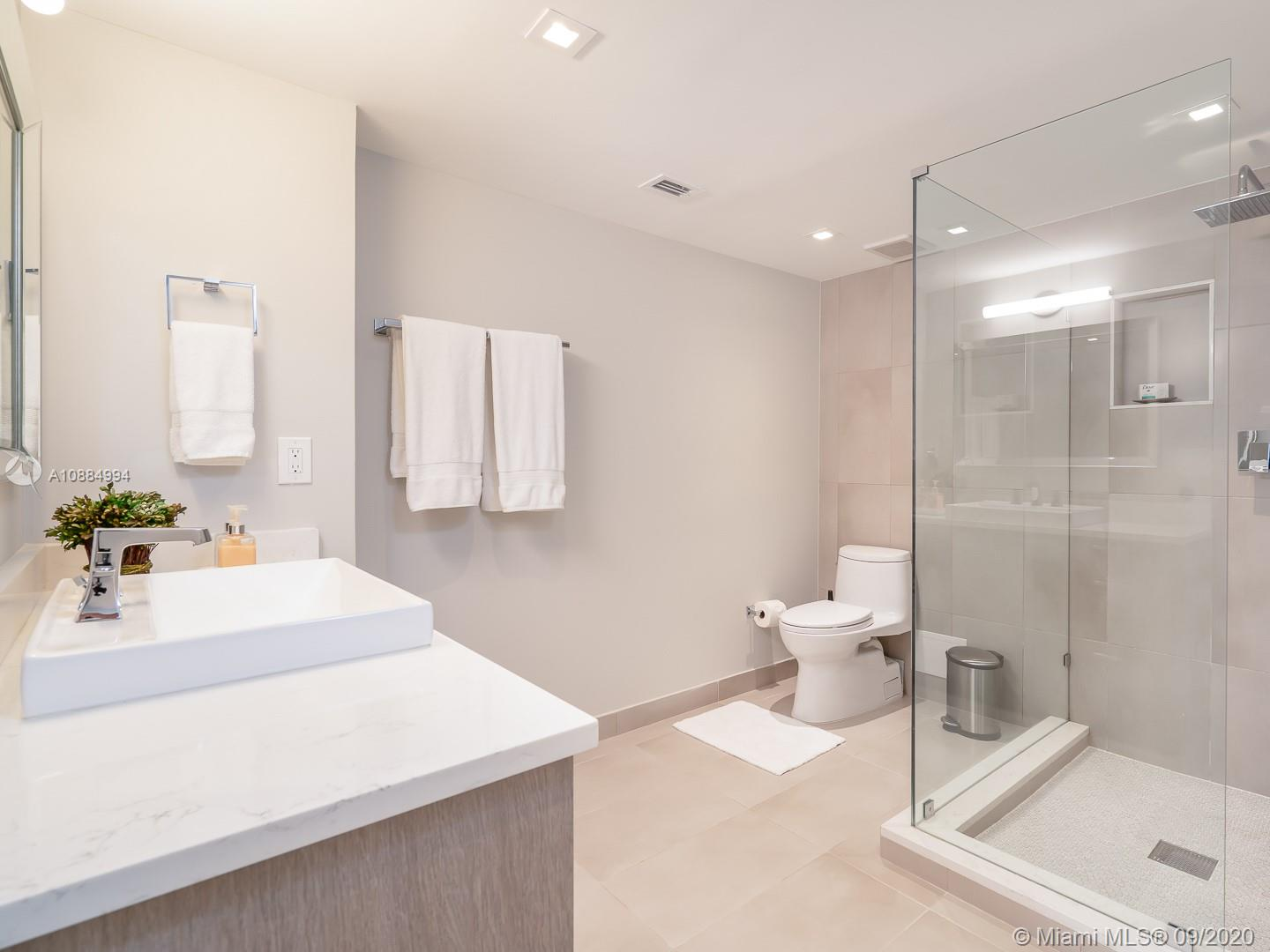 10155 Collins ave-1106 bal-harbour-fl-33154-a10884994-Pic17