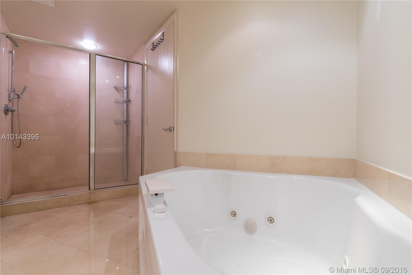 18911 Collins ave-1603 sunny-isles-beach--fl-33160-a10143395-Pic12