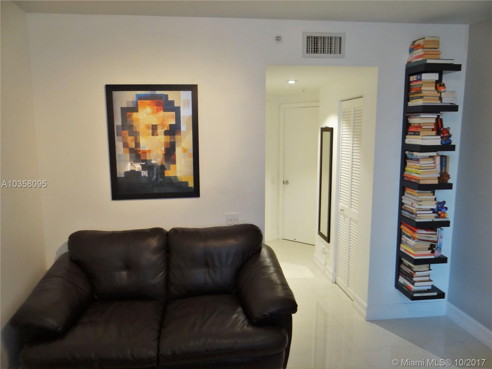701 Brickell Key Blvd # 1704, Miami , FL 33131
