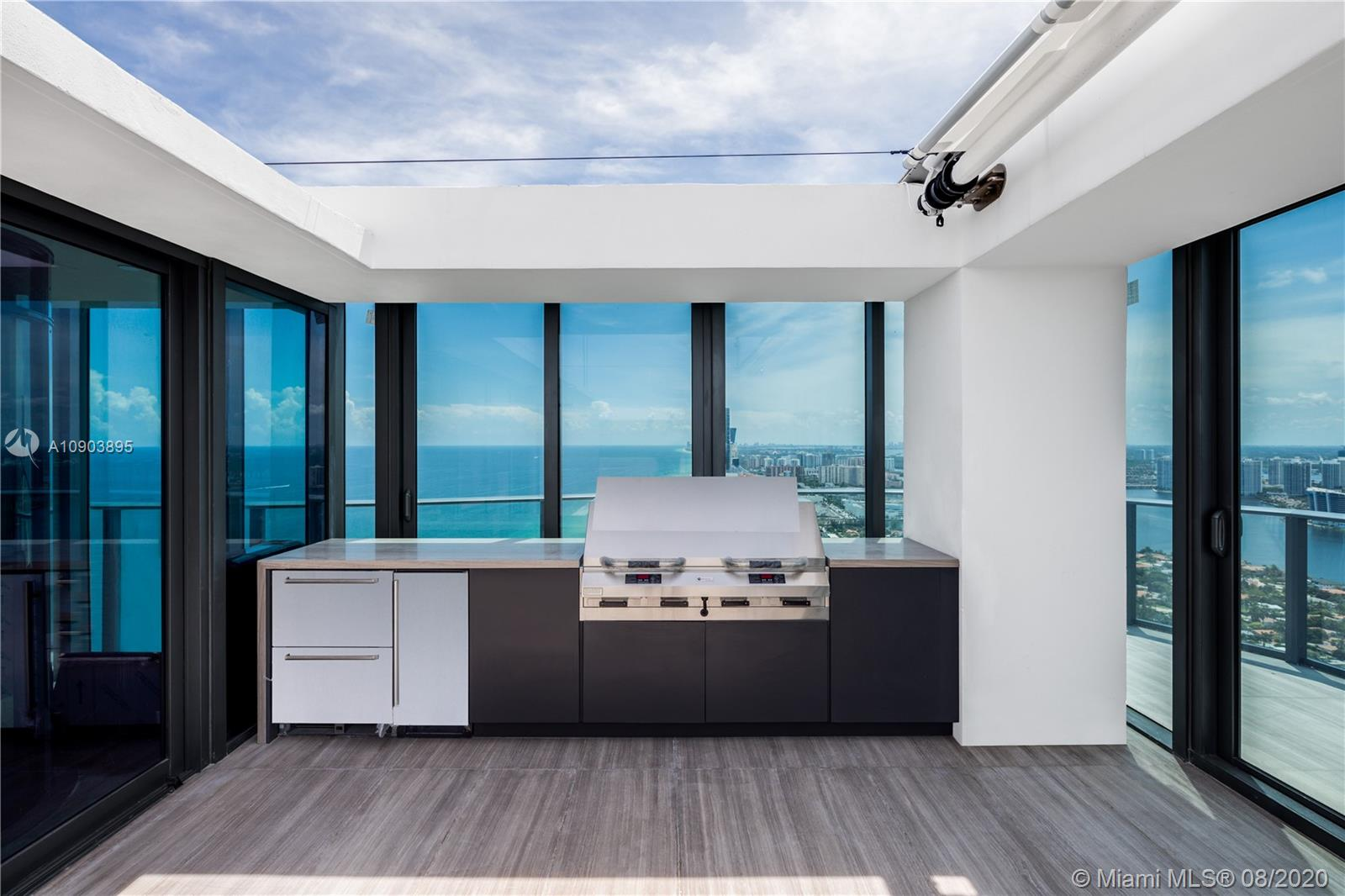 19575 Collins ave-43 sunny-isles-beach-fl-33160-a10903895-Pic06