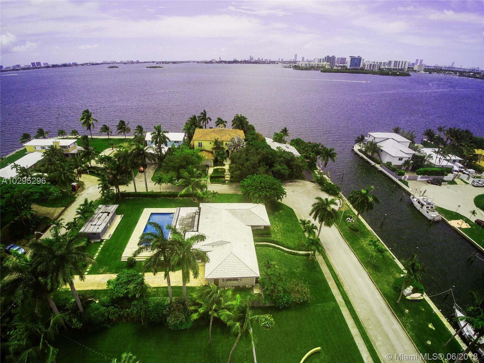 1255 NE 89th St, Miami , FL 33138