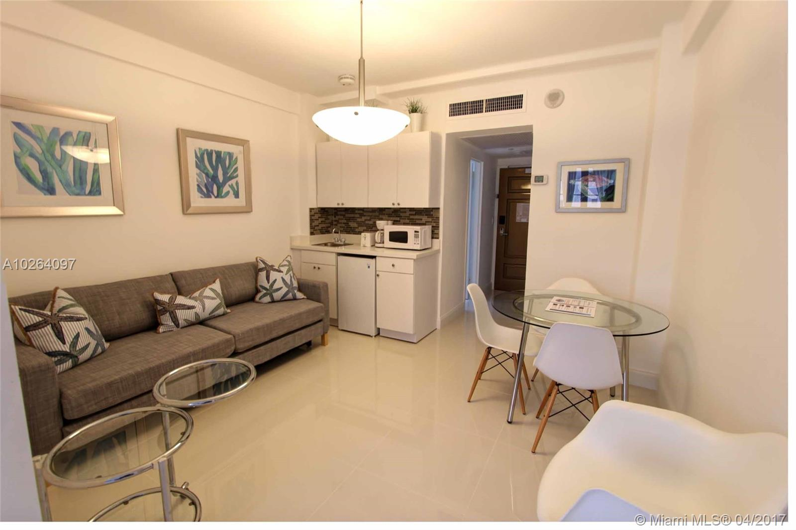 1801 Collins Ave # 924, Miami Beach , FL 33139