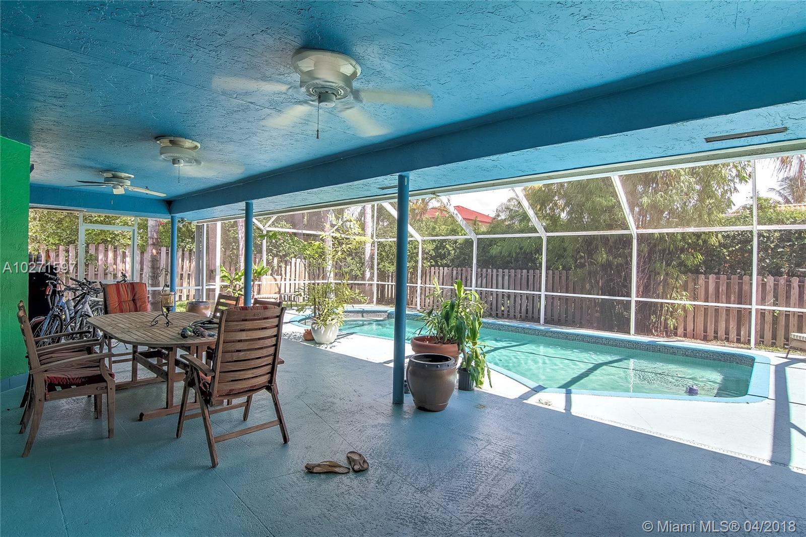 8245 SW 179th Ter, Palmetto Bay , FL 33157