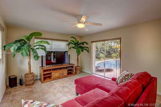 2100 NE 57th St, Fort Lauderdale , FL 33308