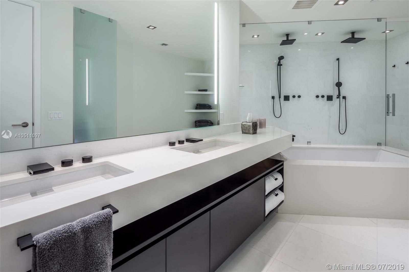 18555 Collins ave-5403 sunny-isles-beach-fl-33160-a10511097-Pic14