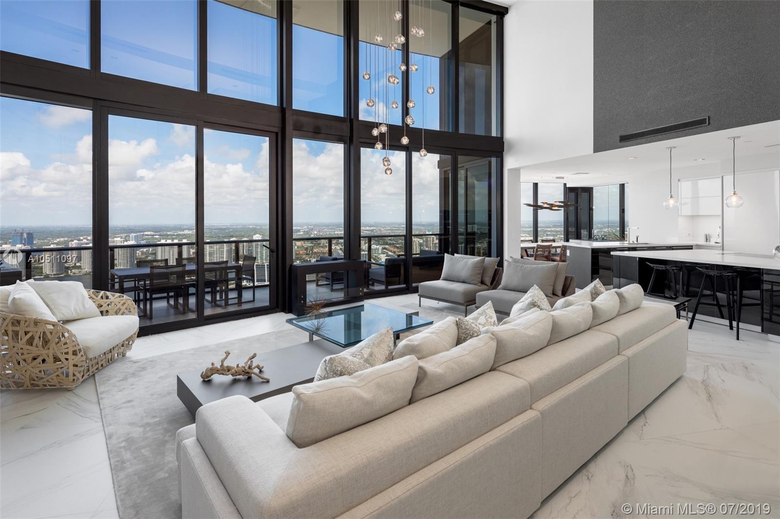 18555 Collins ave-5403 sunny-isles-beach-fl-33160-a10511097-Pic02