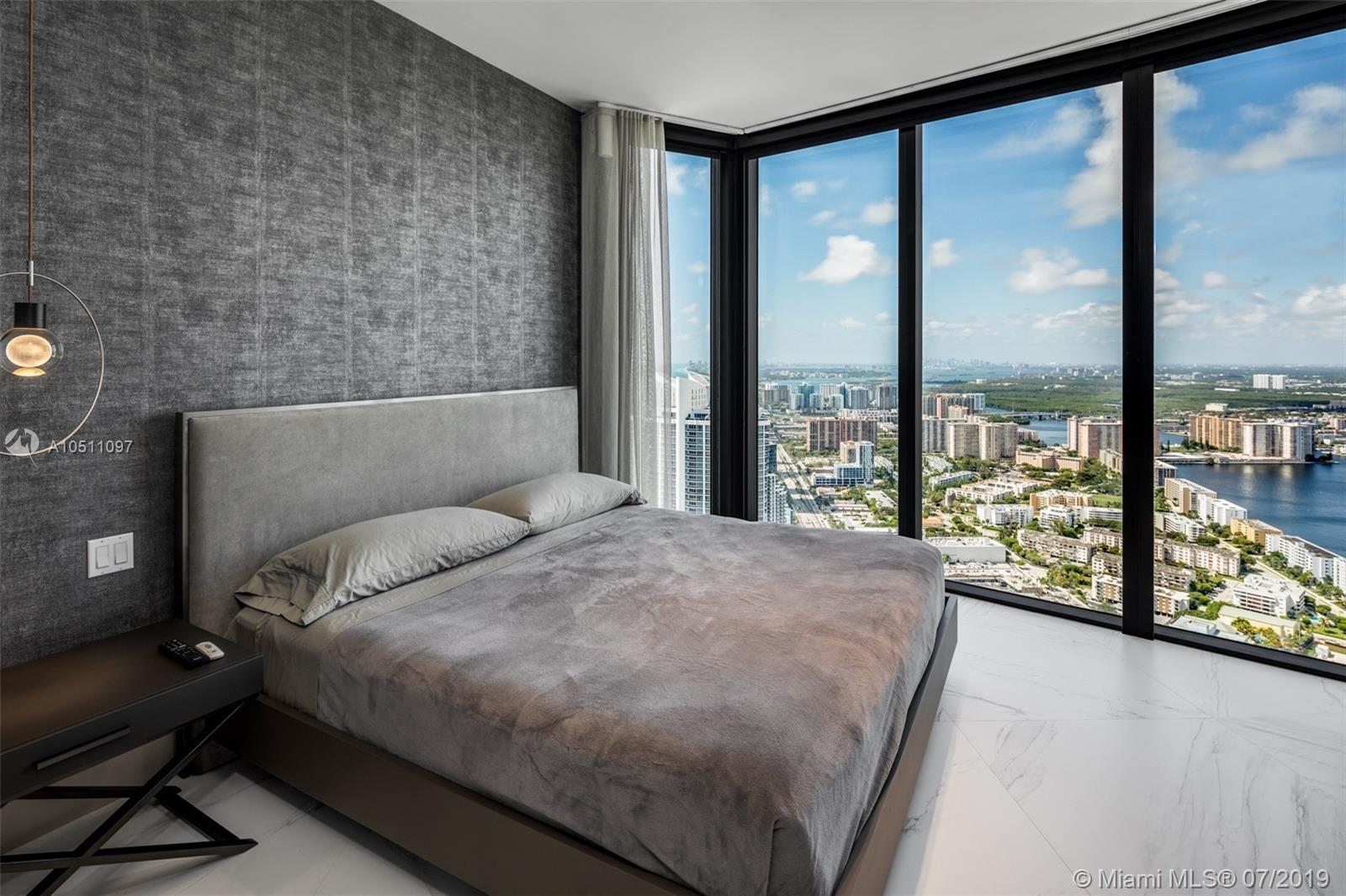 18555 Collins ave-5403 sunny-isles-beach-fl-33160-a10511097-Pic24