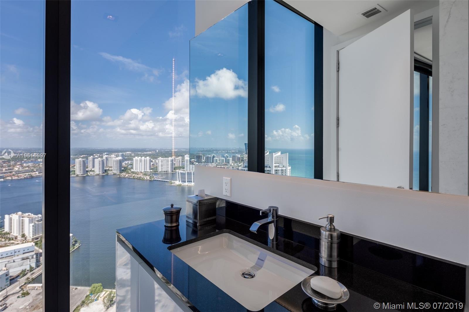 18555 Collins ave-5403 sunny-isles-beach-fl-33160-a10511097-Pic29