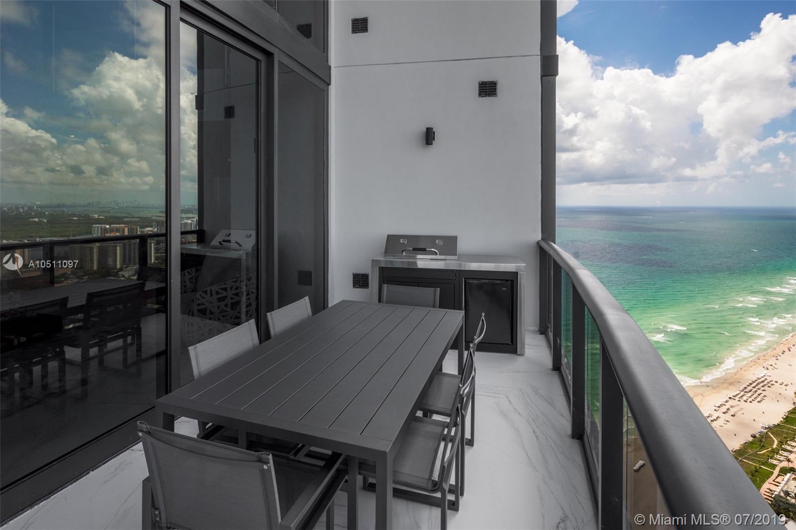 18555 Collins ave-5403 sunny-isles-beach-fl-33160-a10511097-Pic32