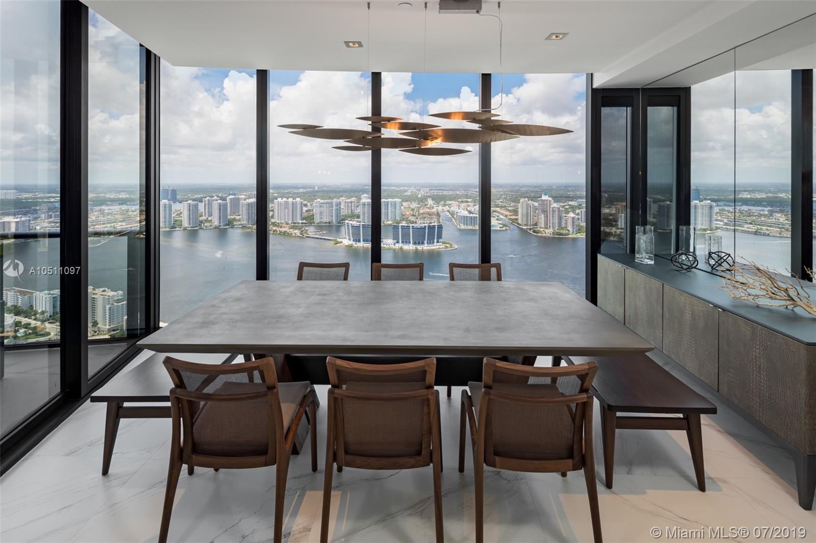 18555 Collins ave-5403 sunny-isles-beach-fl-33160-a10511097-Pic08
