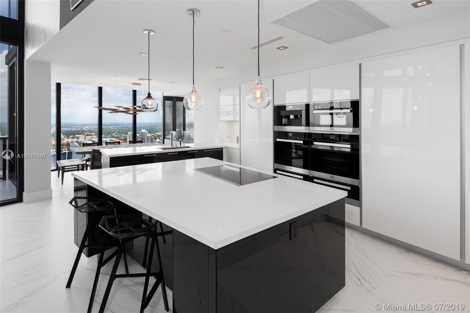 18555 Collins ave-5403 sunny-isles-beach-fl-33160-a10511097-Pic09