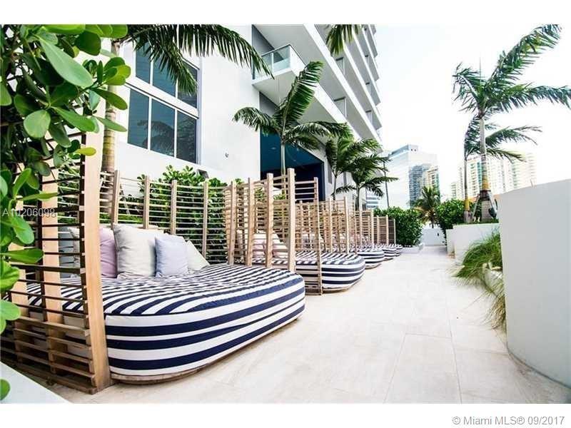 1300 Brickell Bay Dr #1709, Miami FL, 33131