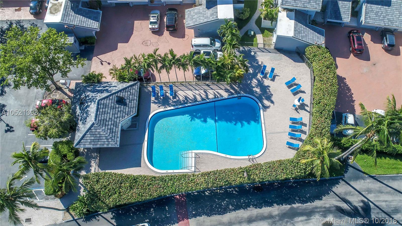 361 Poinciana Dr #1122, Sunny Isles Beach FL, 33160