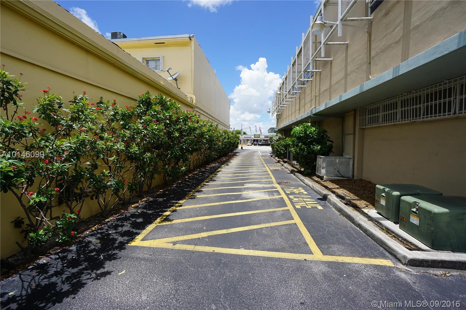 9578 SW 40th St # B, Miami, FL 33165